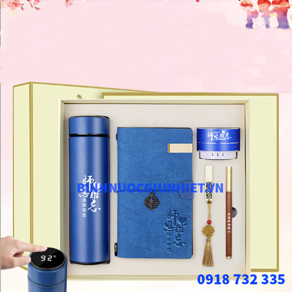 Bộ Gift Set quà tặng bình giữ nhiệt in theo yêu cầu